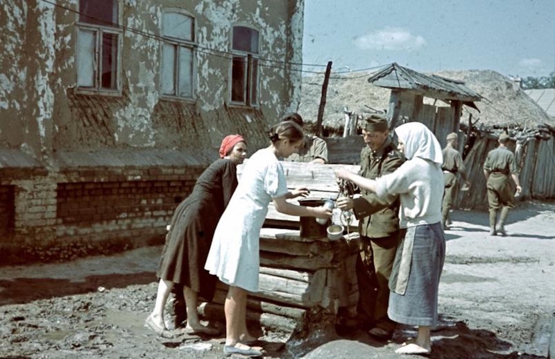 Photos from the Don River in USSR Occupied by Nazi in 1942