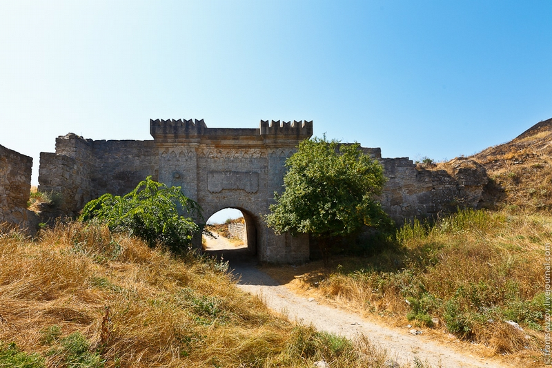 Intriguing Journey To Kerch And Its Landmarks