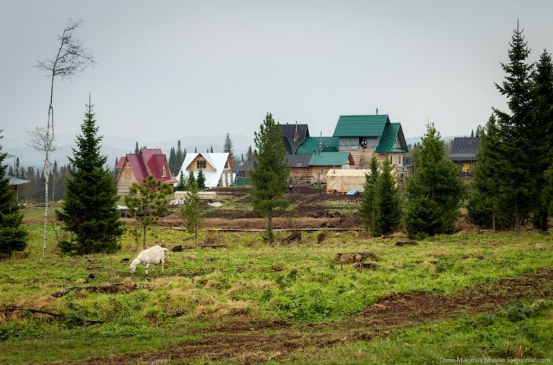 Hermits Village in Sibir Mountains of Russia