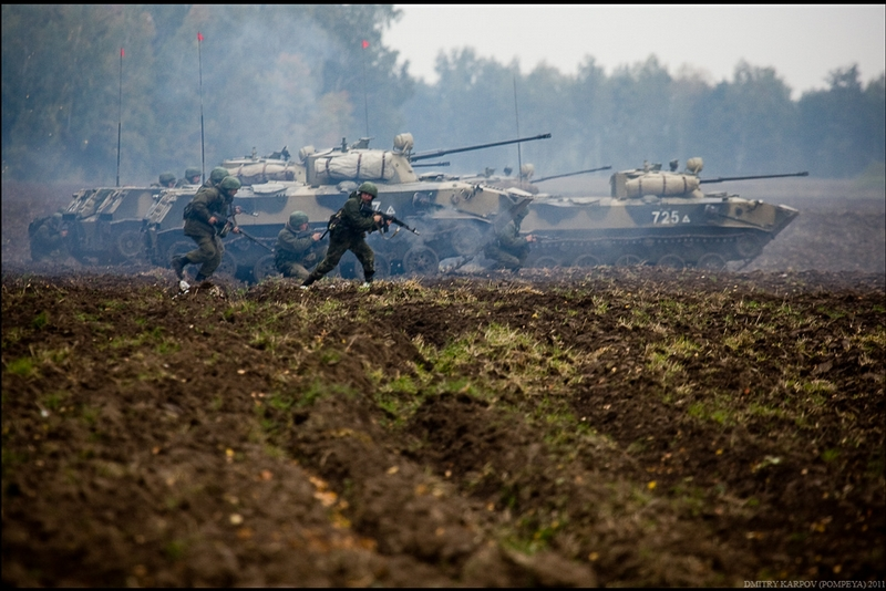 http://media.englishrussia.com/newpictures/regimental-exercises-11-50.jpg