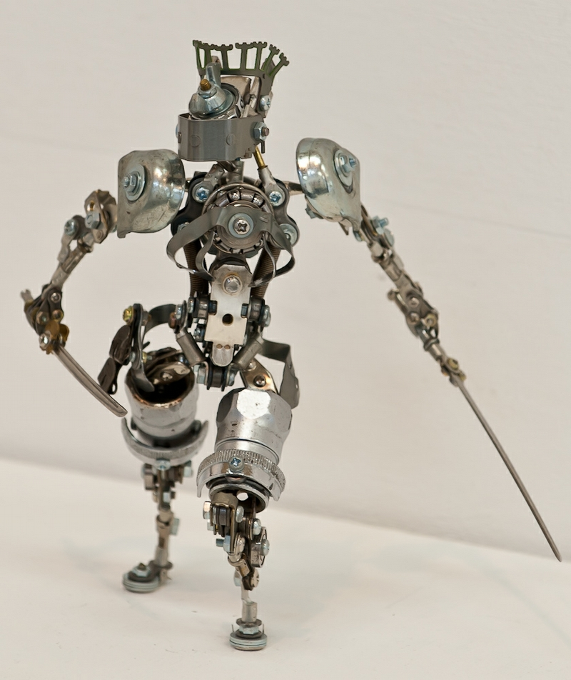 Cute robots made by a young nagano master