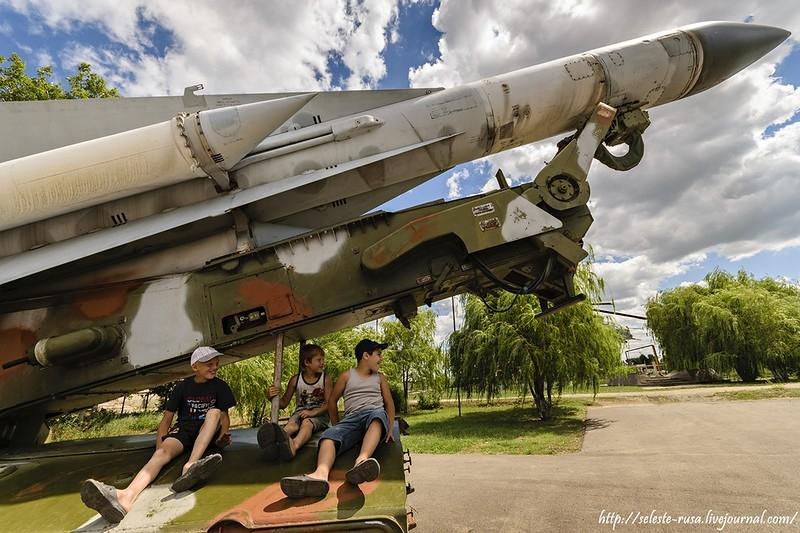The S-200 in the Victory Park at the Khvorostyanka village, the Samara region