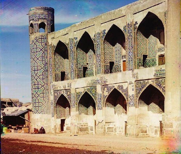 Retro Tour to Turkmenistan