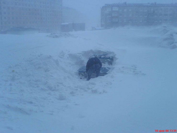 A lot of snow in Norilsk, Russia 2. Yes, this sticks were used by city