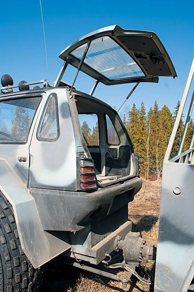 smallest Russian car is turned into suv 12