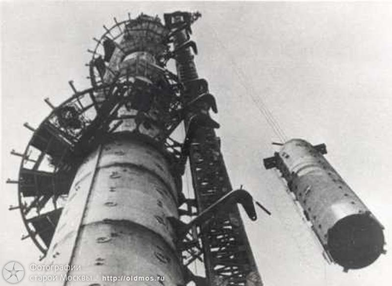 Tallest Russian tower, Ostankino tower is being built 6