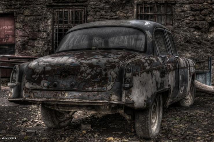 HDR photos of Volga car 10