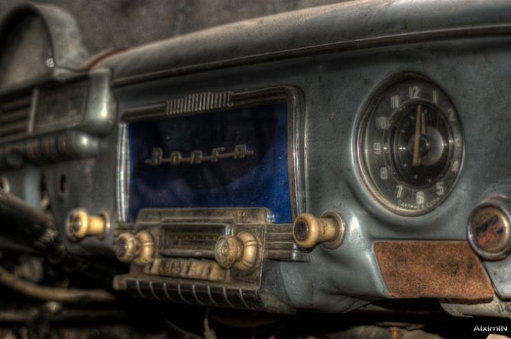 HDR photos of Volga car 3