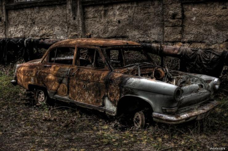 HDR photos of Volga car 6