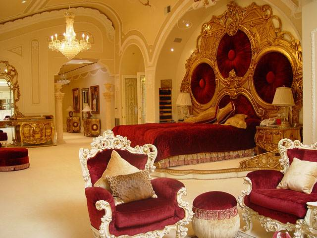 The private house of the former Secretary of Health Care of Azerbaijan 13