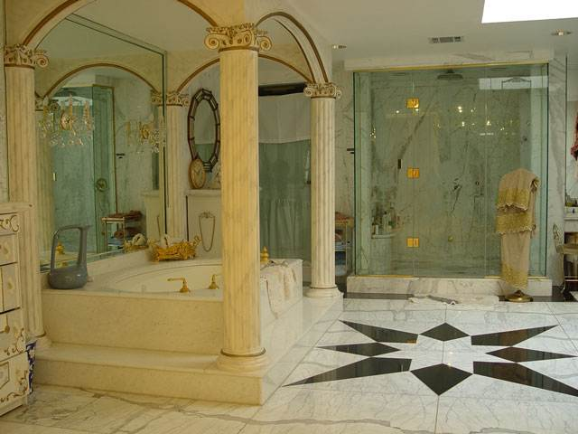 The private house of the former Secretary of Health Care of Azerbaijan 4
