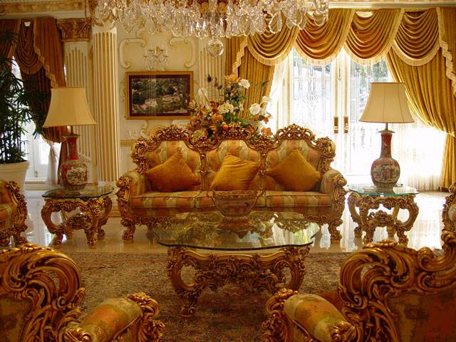 The private house of the former Secretary of Health Care of Azerbaijan 8