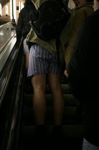 Pants down in Ukraine Subway 4