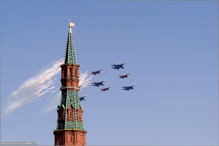 the Russian army parade in Moscow 12
