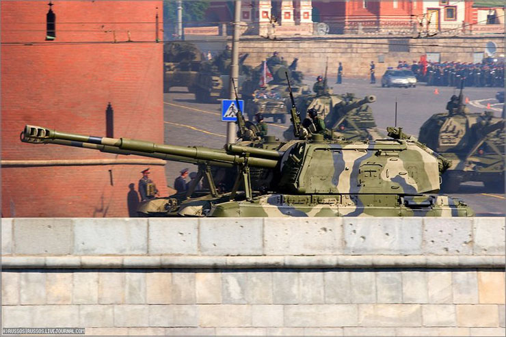 the Russian army parade in Moscow 4