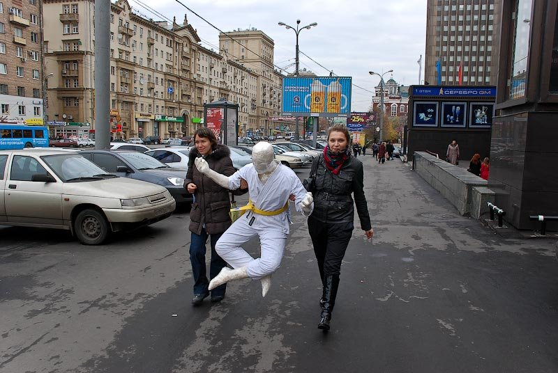 Russian strange street performance 13