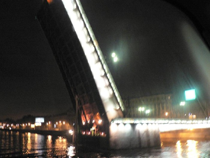 St. Petersburg bridges at night 13