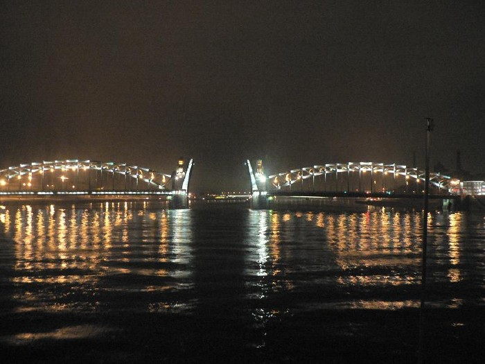 St. Petersburg bridges at night 16