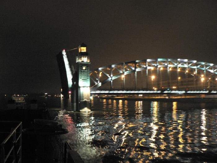 St. Petersburg bridges at night 20
