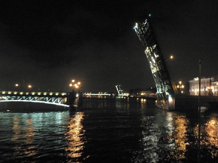 St. Petersburg bridges at night 9