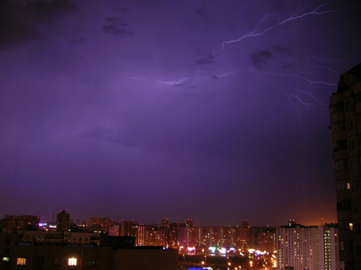 lightnings in Moscow caught on camera 3