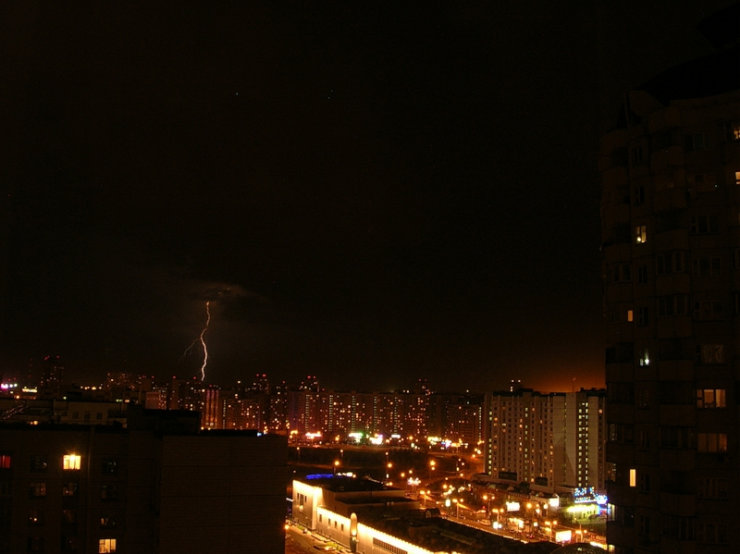lightnings in Moscow caught on camera 4