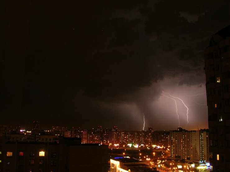lightnings in Moscow caught on camera 5