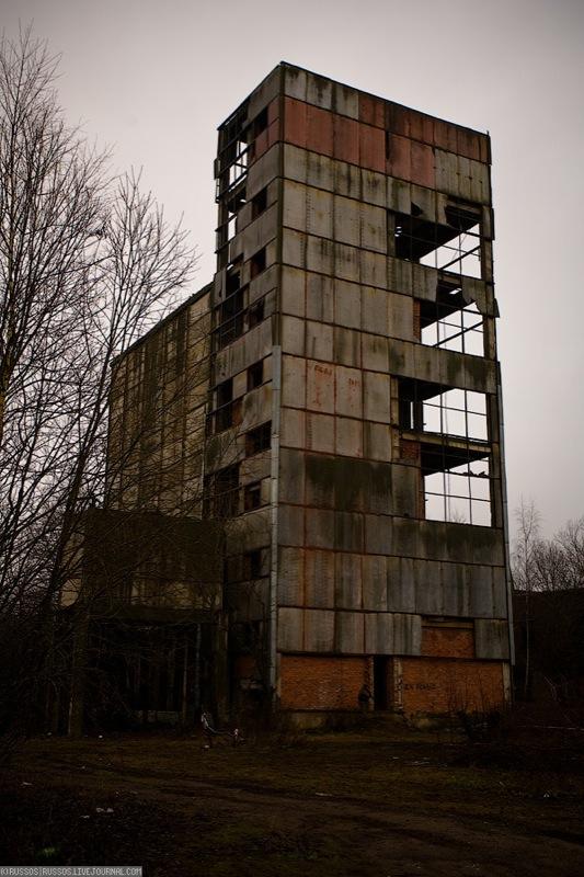 Russian abandoned pig city 9