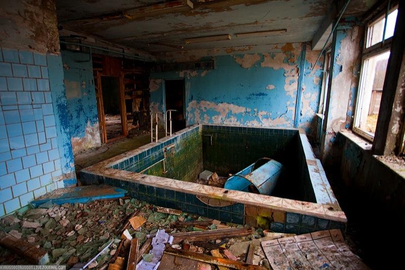 Russian abandoned pig city 21