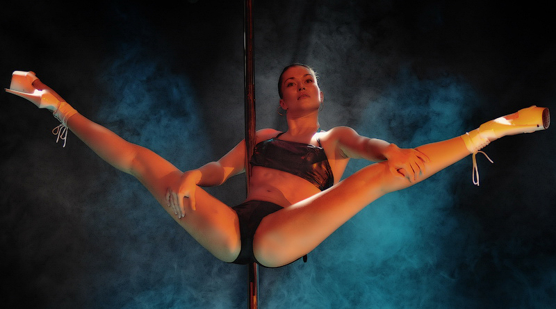 Pole Dance In Vladivostok 30