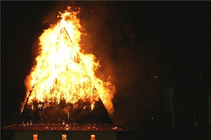 Pskov Citadel In Fire 10