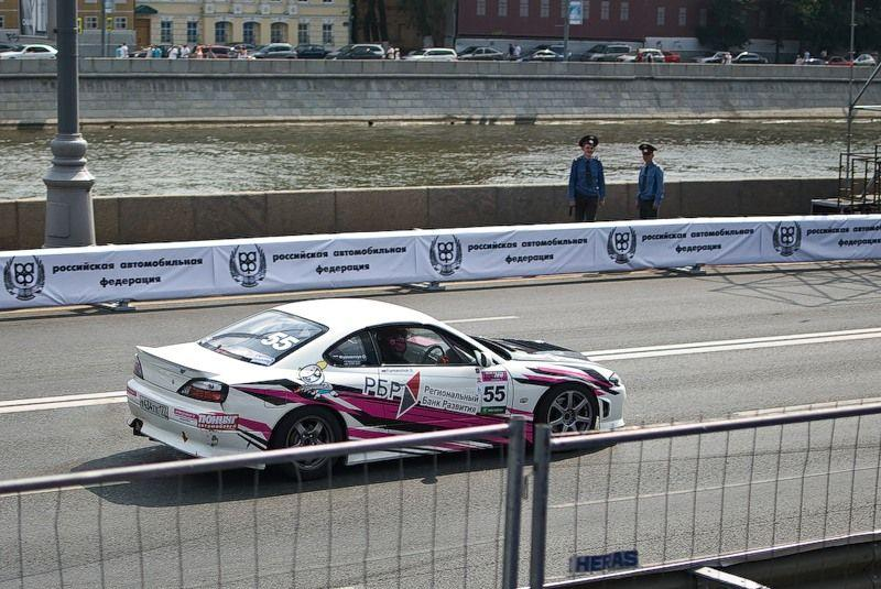 Racing in the Center of Moscow