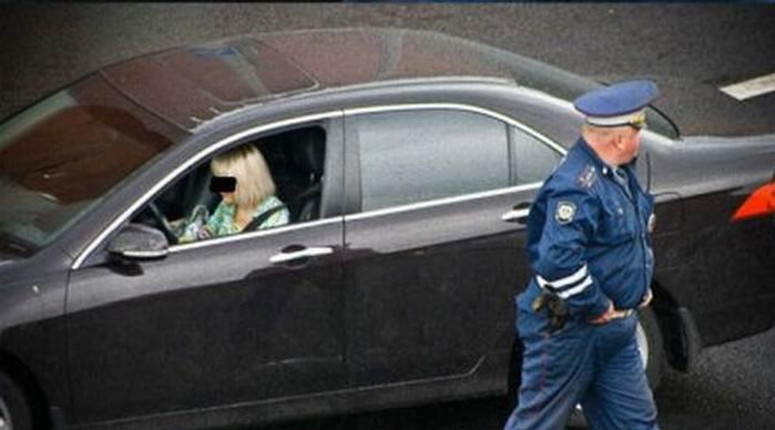 Russian policeman and a girl 4