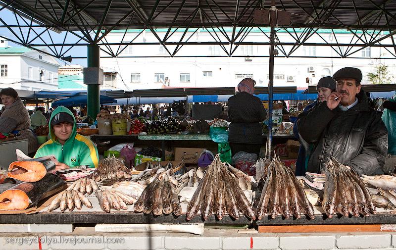 Russian city Rostov, fish market there 14