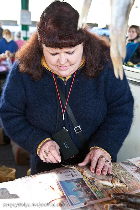 Russian city Rostov, fish market there 15