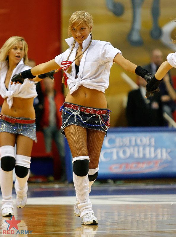 Russian cheerleaders 2
