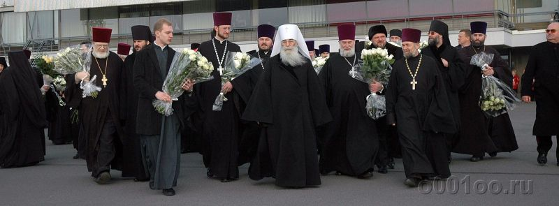 Russian pope comes to visit St. Petersburg 4