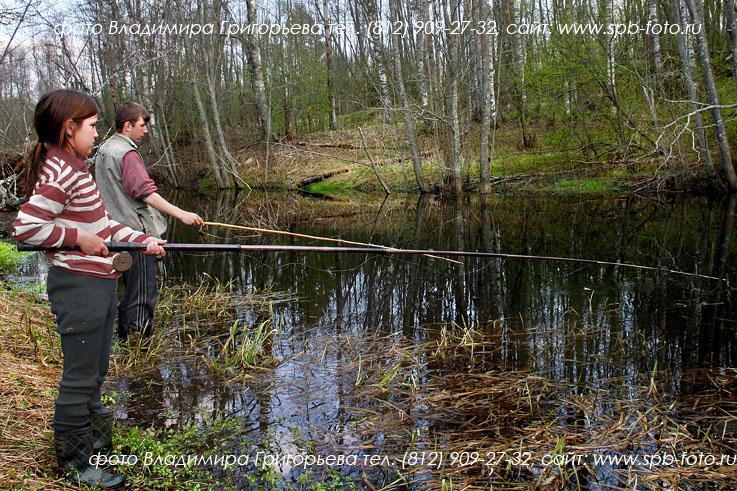 на что ловить на озере у деревни