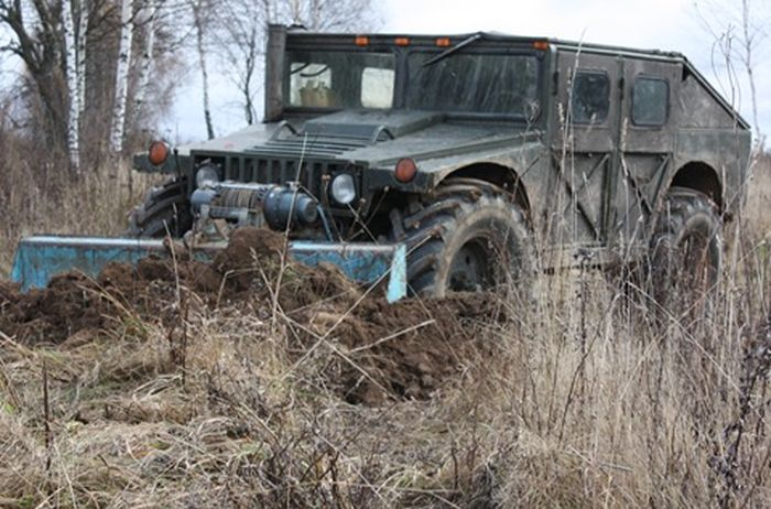 Russian self-made Hummer 1