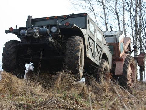 Russian self-made Hummer 15