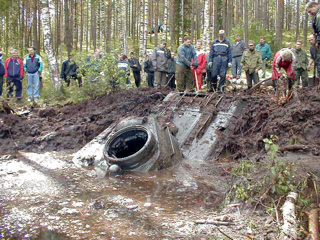 Russian tank t-34 from Estonian swamp 7