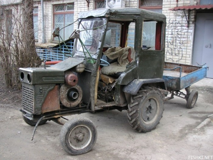 russian tractor 1
