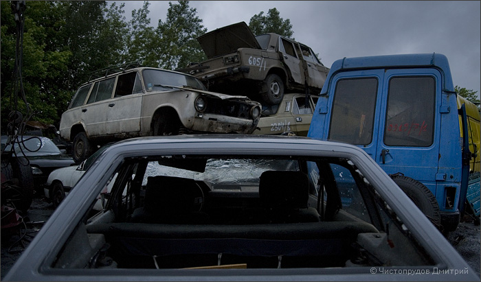 Russian abandoned cars 23