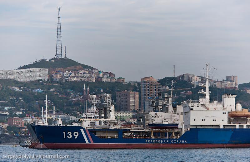 Ships of Vladivostok 12