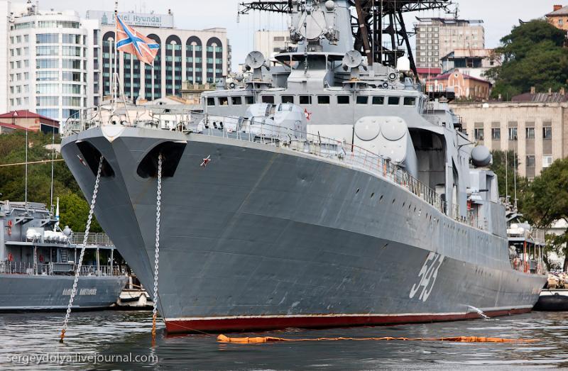 Ships of Vladivostok 27