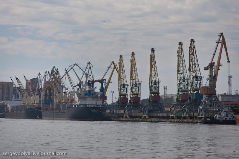 Ships of Vladivostok 31