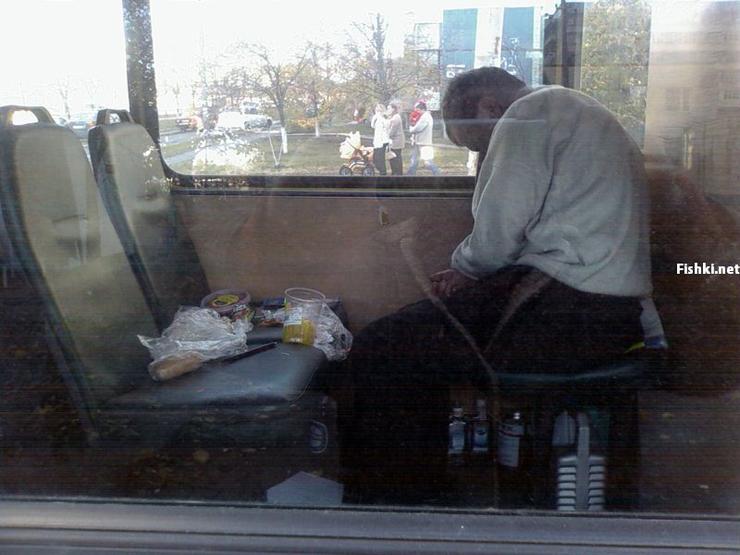 Russian driver sleeps in bus 3
