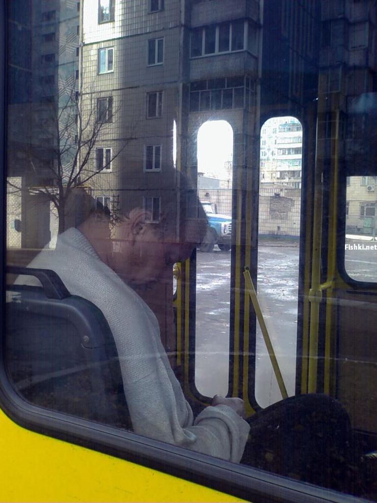 Russian driver sleeps in bus 7