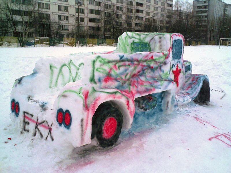 Snow Car in Russia 3