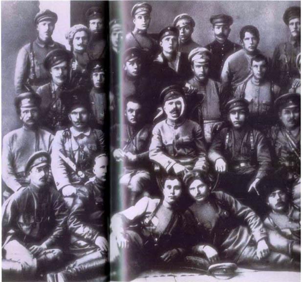 10 10 Foto foto Manipulasi Jaman Uni Soviet Di Mana Photoshop Belum Ada!!